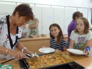 Anstehen für die selbstgebackene Pizza